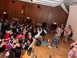 Stužkovací ples třídy 8.G Gymnázia  (50/52)